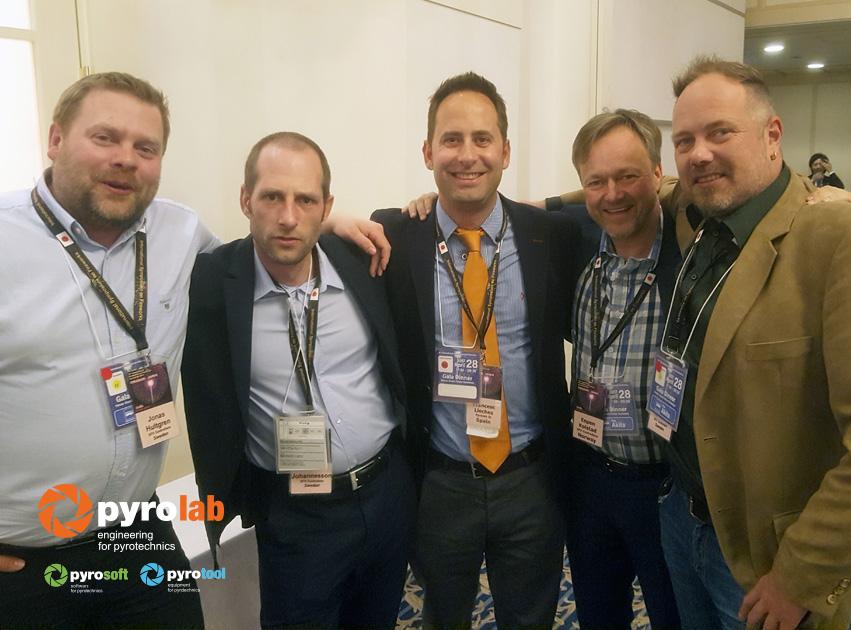 Con el Equipo de UniquePyrotechnics y el SFX Controllers de Suecia